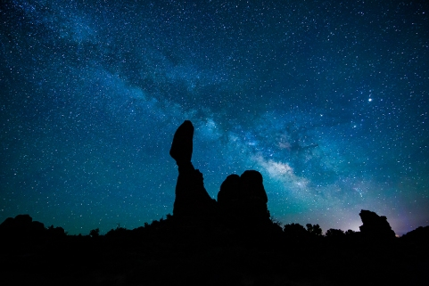 balanced-rock-milky-way-051416d-copy